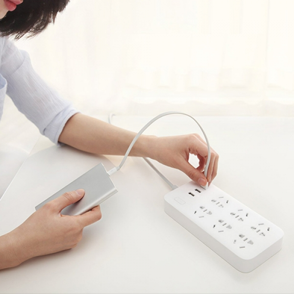 Xiaomi-Mi-Power-Strip-6-Sockets-3-USB-Ports-5