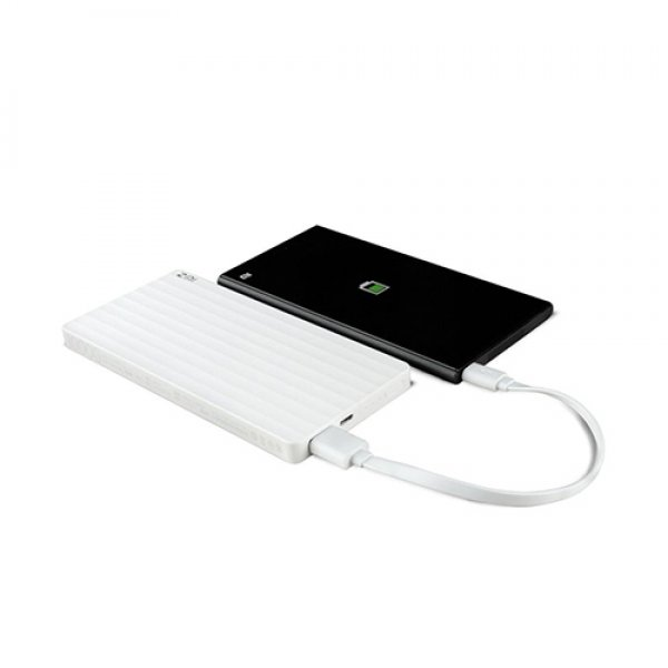 zmi-qb810-10000mah-power-bank-2