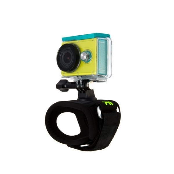 xiaomi-yi-hand-mount-action-camera3