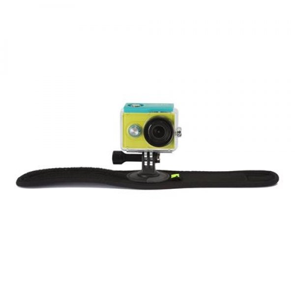 yi-action-camera-hand-mount5